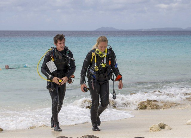 Guided Shore Dives